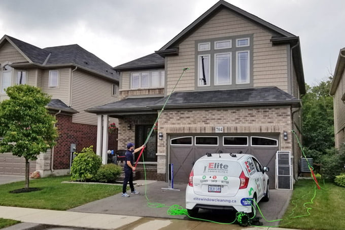 Exterior Home Window Cleaning using Telescopic Water-fed Pole